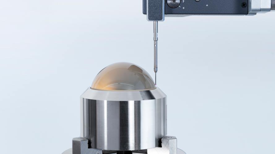 DAkkS-Kalibrierung_mit-Formpruefmaschine-stenger-messtechnik
